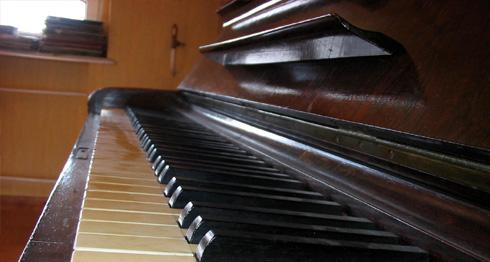 Zug-Umzug Klaviertransport